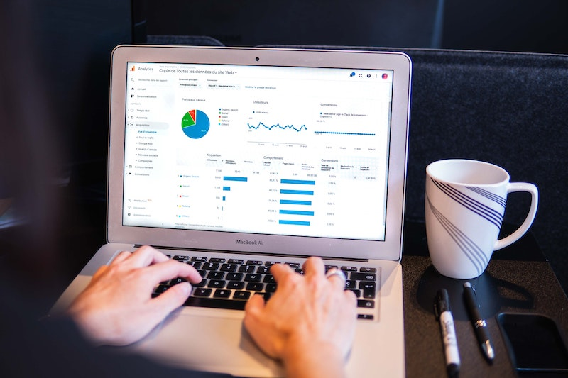 how to use google analytics to track your website's performance